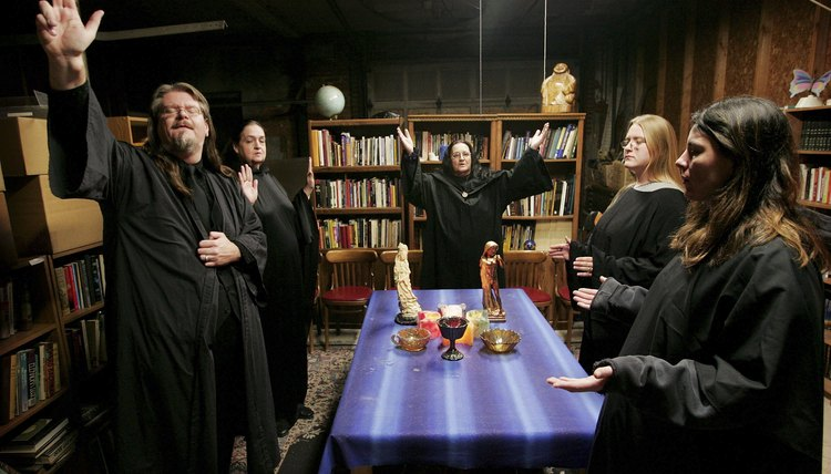 Wiccan blessings or spells can be performed alone or with a coven.