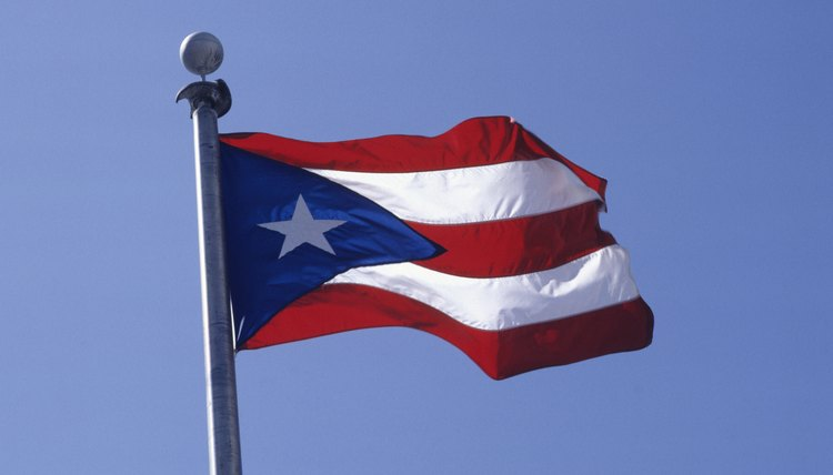 President Woodrow Wilson signed the 1917 act granting rights to Puerto Rico.
