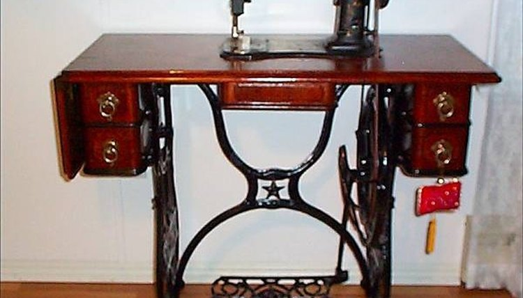 Treadle Sewing Machines Work