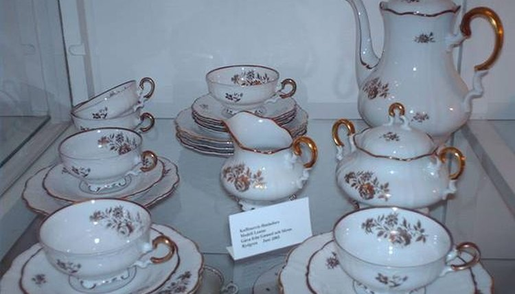Hackefors Porcelain, Artifex/Wikimedia Commons