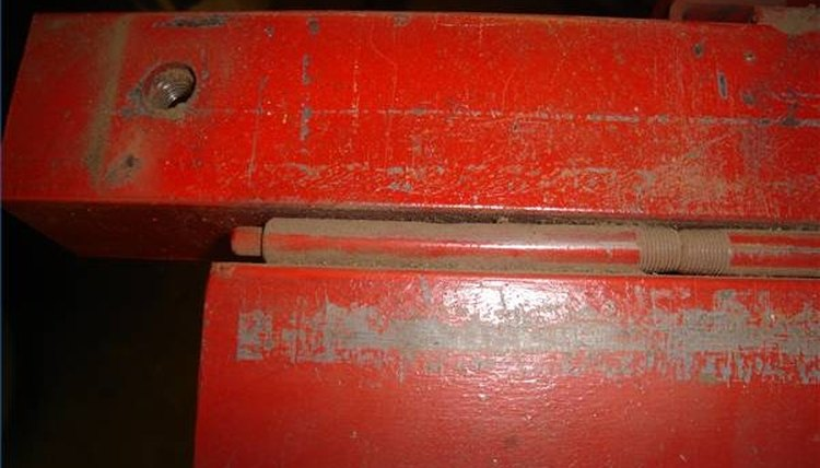 the 1/8-inch pipe nipples, the 1/4-inch steel rod, the hinge