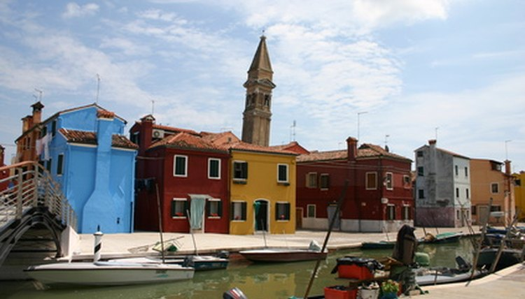 The island of Burano is best known for its lacemaking industry.
