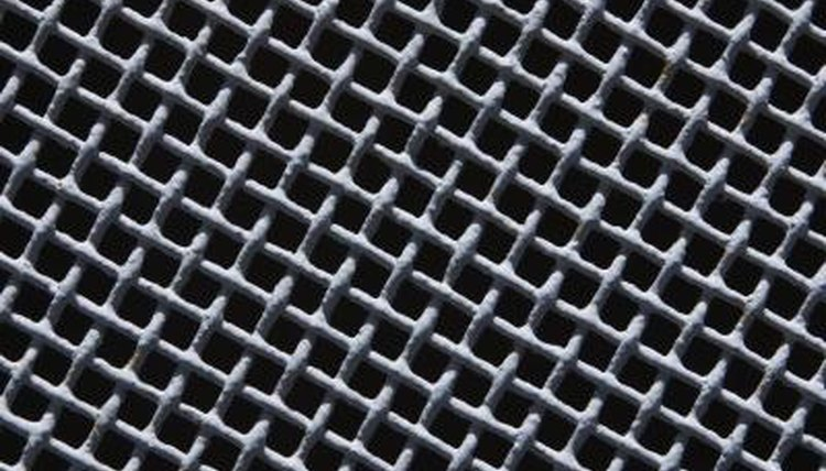Sifters, a fine mesh, different sizes, elements