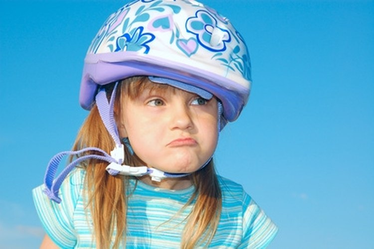 Use protective gear when learning to ride on roller shoes.