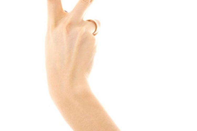 El medio del hongo de las uñas para embarazado