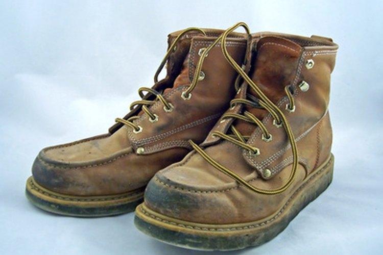 Problemas de los pies asociados con el calzado de for Calzado de seguridad bricomart