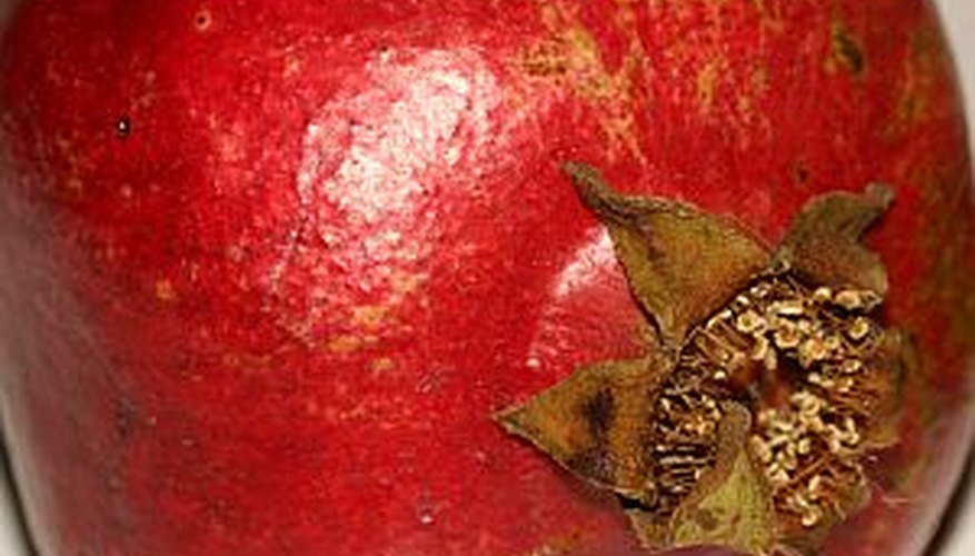 Store pomegranates at room temperature, in the refrigerator or in the freezer.