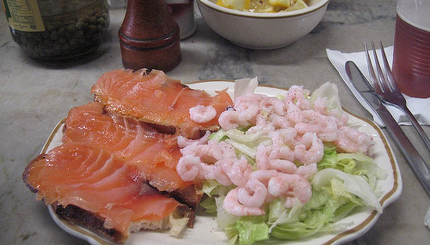Shrimp and other seafood is great with raw food diets