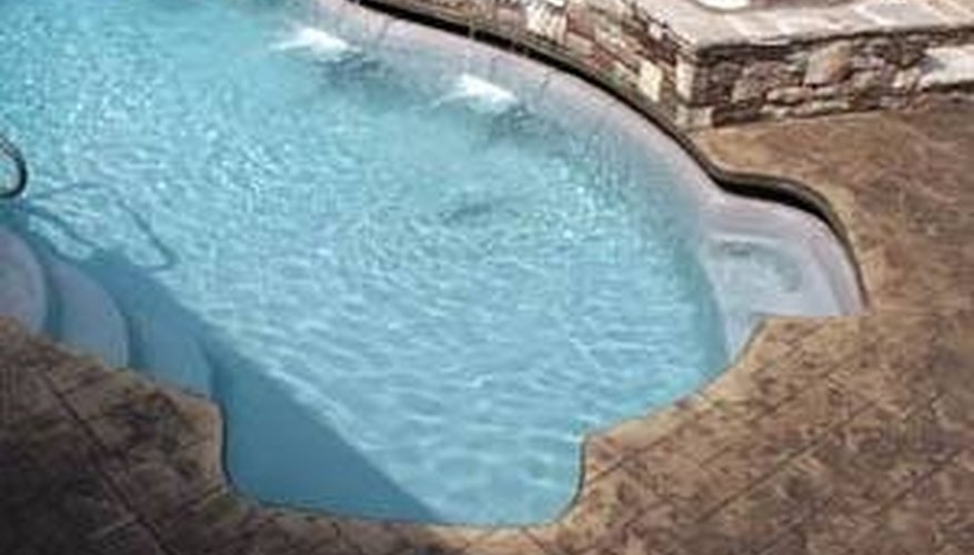 Remove Bathtub Rings From Fiberglass Pools