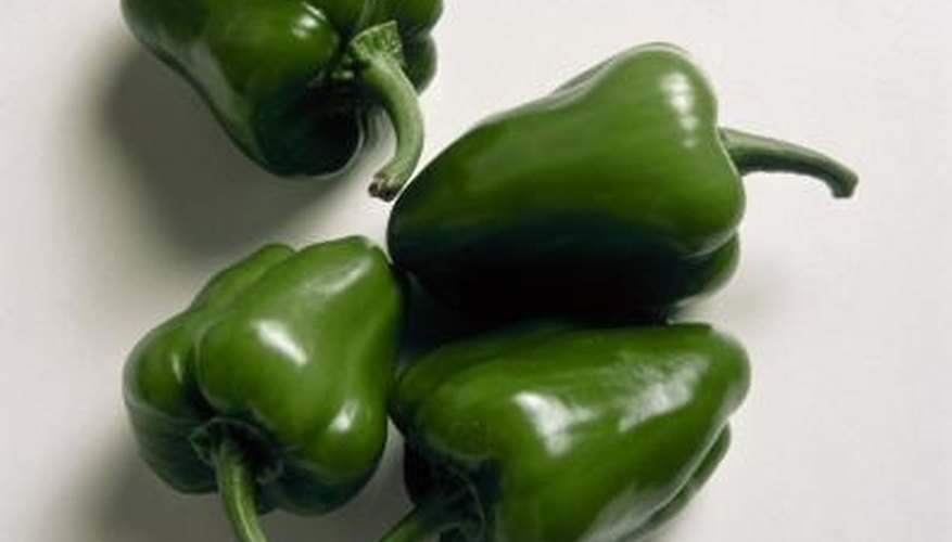 Freezing green peppers is a simple process.
