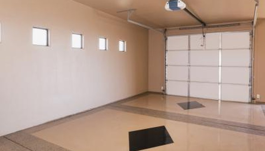 Improve your garage space with some Gladiator GarageWorks products.