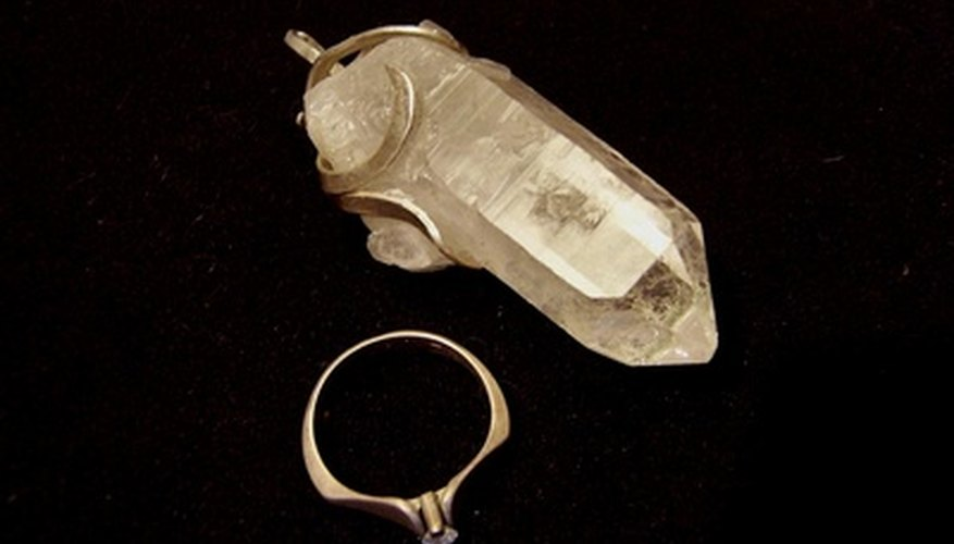Quartz crystals come in a variety of shapes and sizes.
