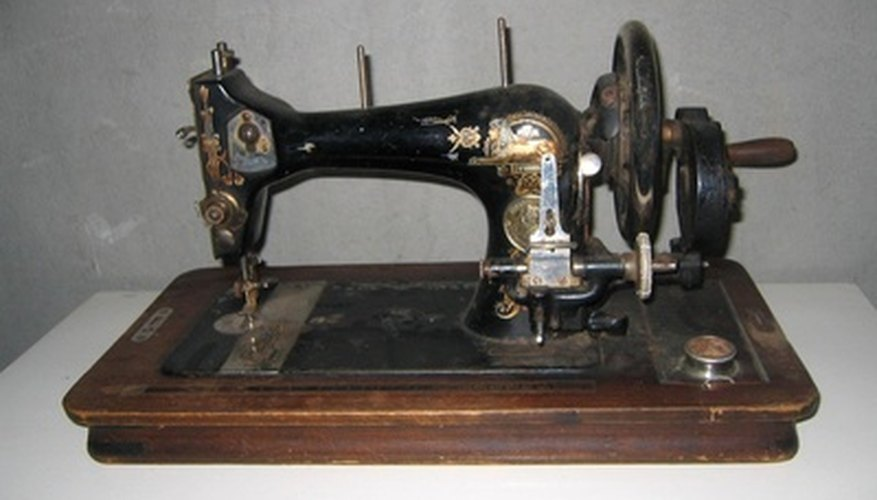 Finding the value of old Singer sewing machines can be difficult.