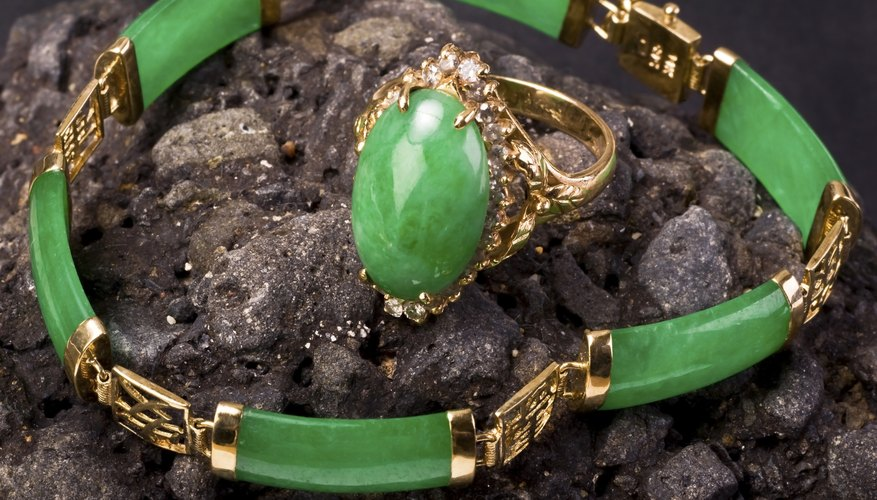 Green Burmese imperial jade ring and bangle