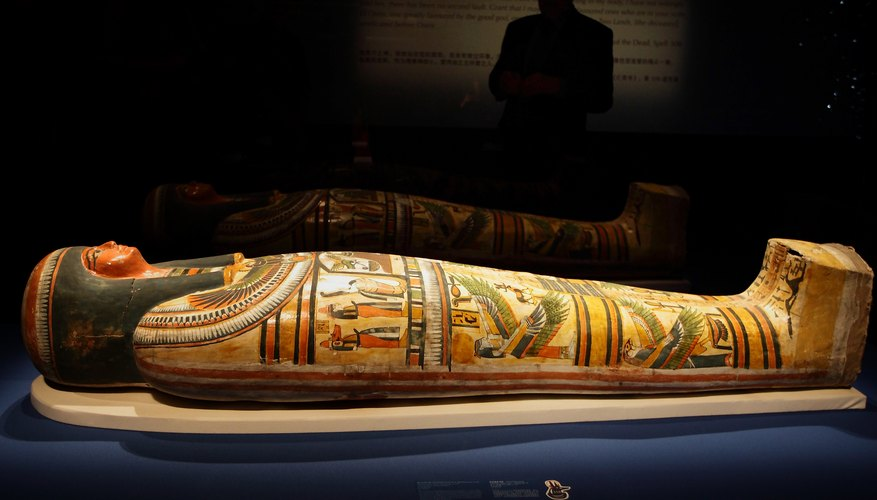 How to build an ancient egyptian tomb for a school project for Ancient egyptian tomb decoration