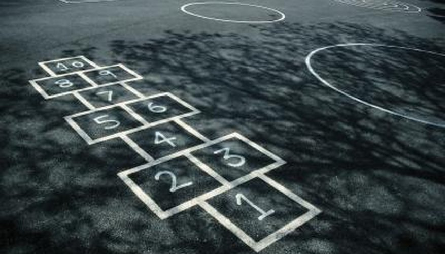 Early 20th century kids played hopscotch.