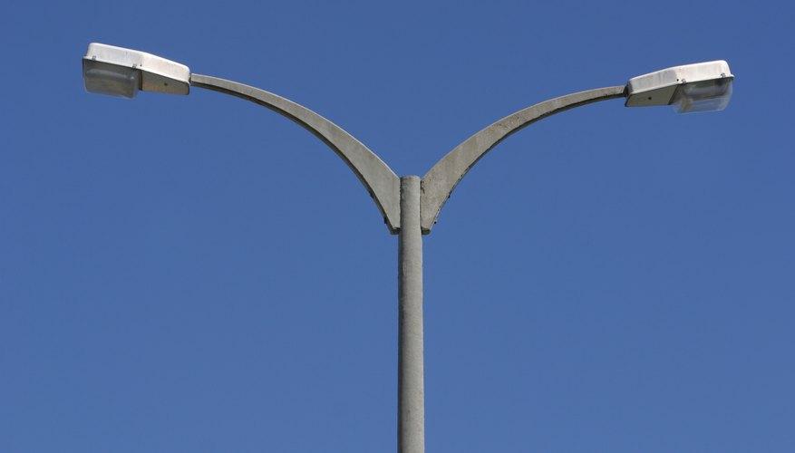 LED Street Lights vs. Metal Halide Lamps