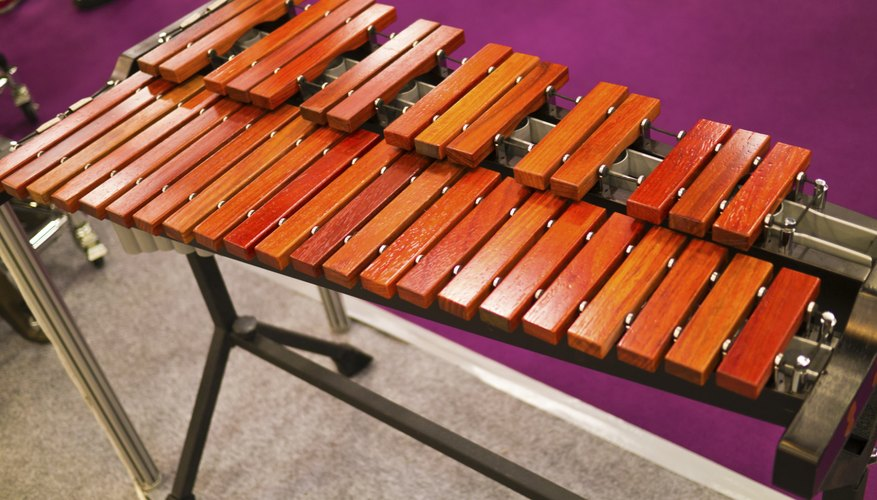 Xylophones are percussive instruments.
