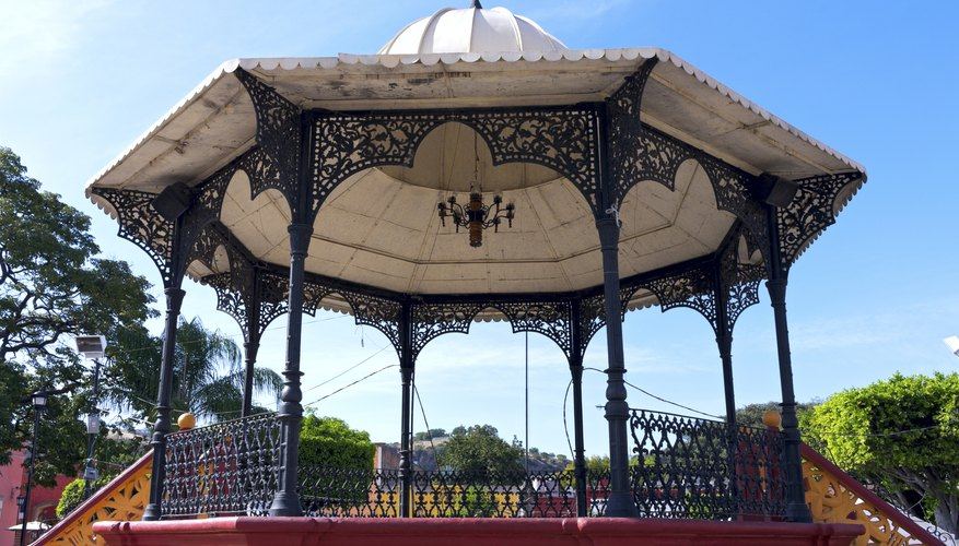 Octagon shaped gazebo in Mexico