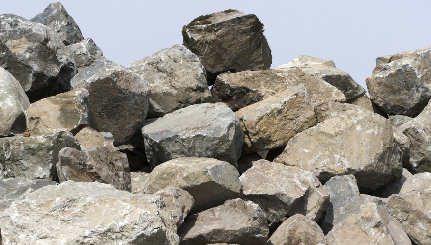 Rocks are examples of a natural composite material.