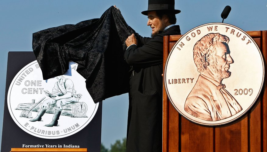 Abraham Lincoln presenter unveils one of four new tail sided designs in Washington D.C.
