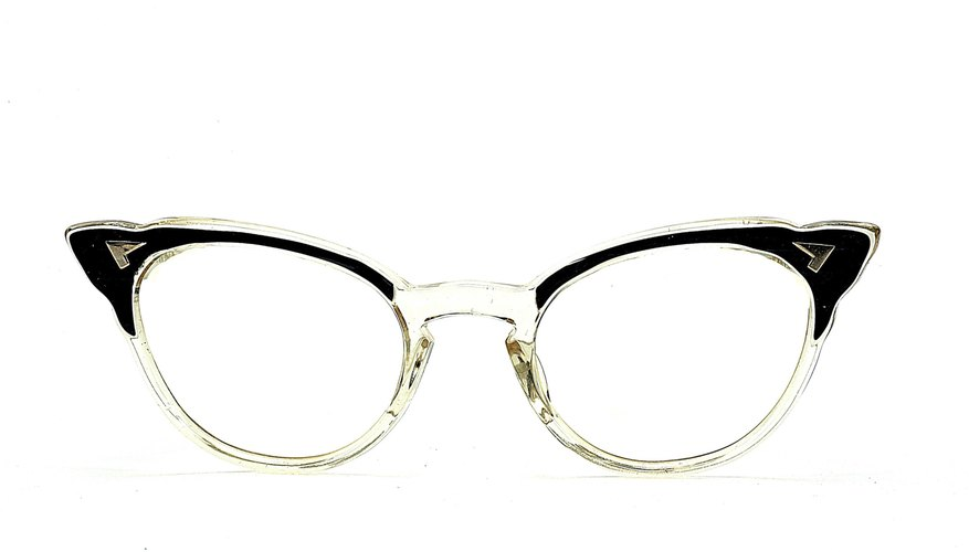 Eyeglass Frame Markings : How to Identify Antique Eyeglasses Our Pastimes