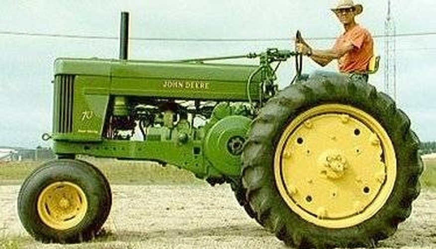 how to restore old tractors garden guides. Black Bedroom Furniture Sets. Home Design Ideas