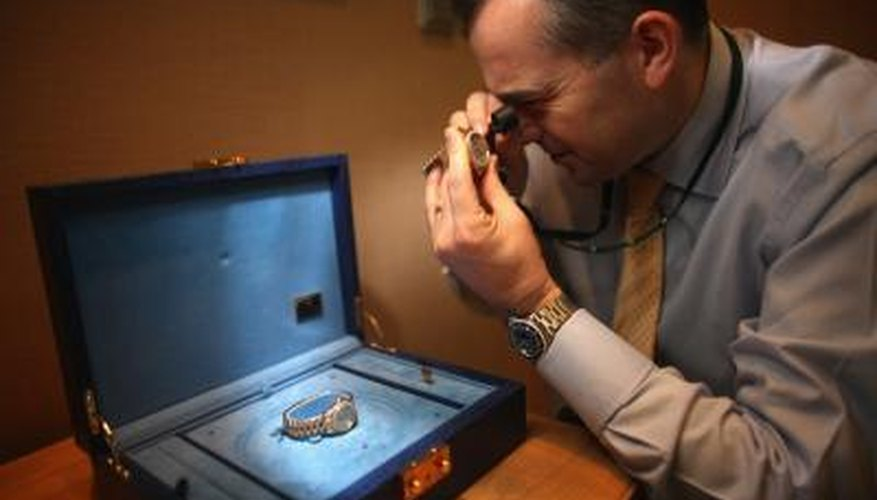 Watch expert examines wrist watch