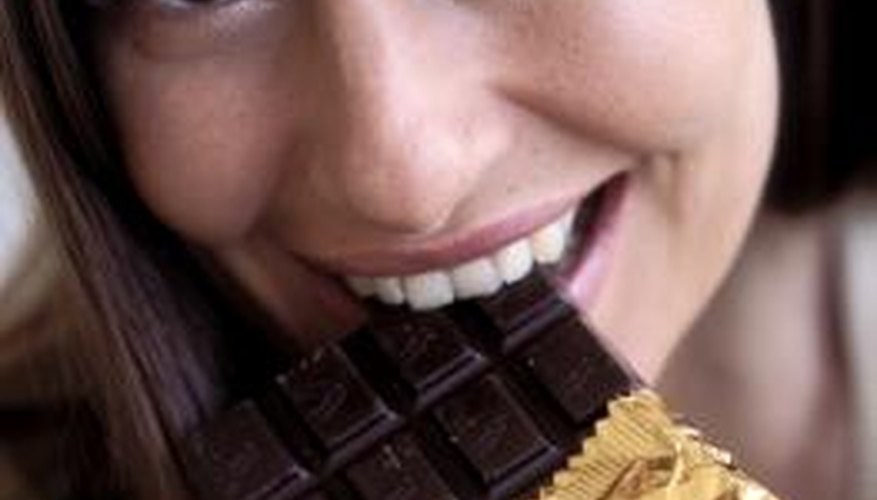 Dark chocolate increases the body's fat-burning energy.