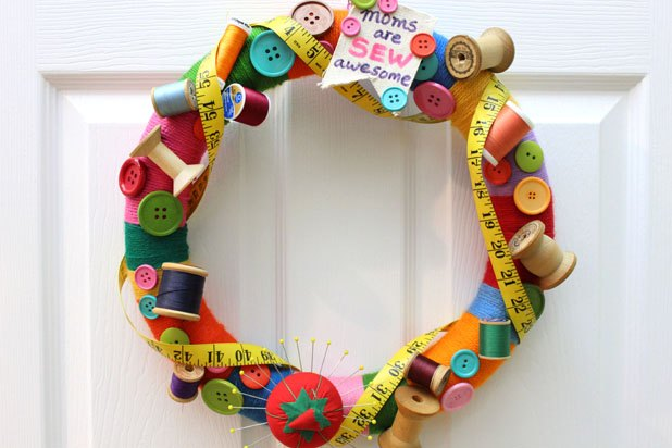 A wreath for the sewing enthusiast