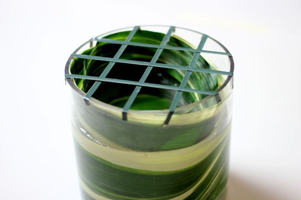 A tape grid to keep flowers in place