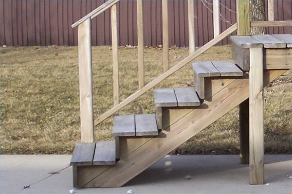Making Wooden Steps Ehow