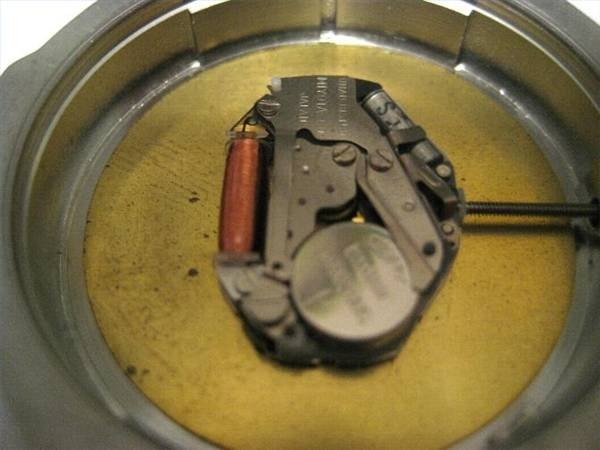 how to replace watch battery at home