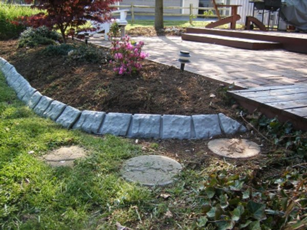 Lawn edging with a stone border