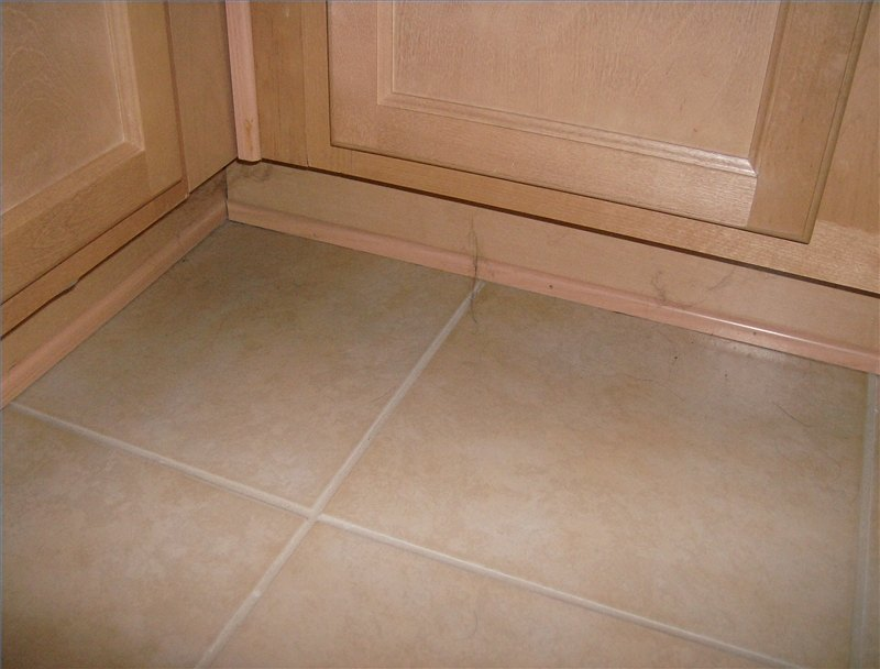 How To Replace A Kitchen Cabinet Floor