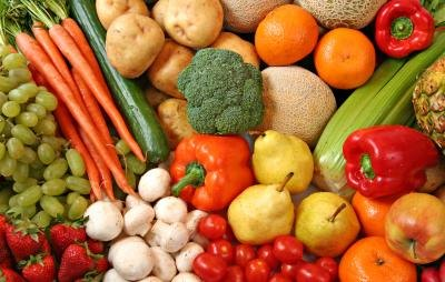 Fruit and vegetable diets are popular.