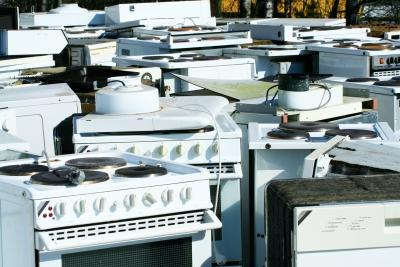 Offer an appliance or equipment removal service
