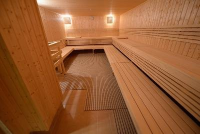 Sauna room in Los Angeles community center