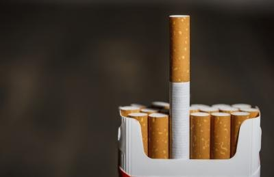 Modern cigarette filters do not pose any enhanced dangers.
