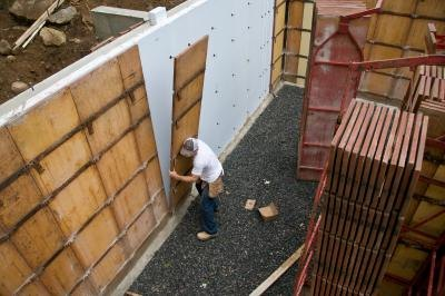 Finishing a poured concrete wall