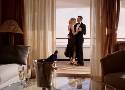 How To Have A Romantic Night In A Hotel
