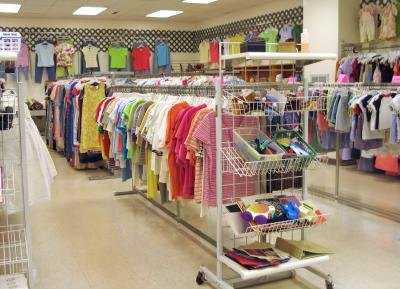 Obtain thrift store values for clothing items without receipts.