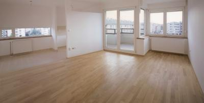 Laminate and ceramic tile in this open floor plan.