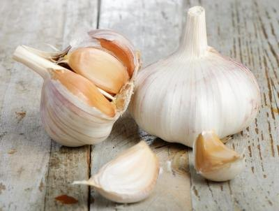 Garlic and garlic cloves