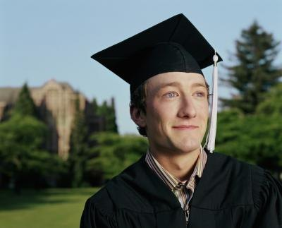 Business management degrees are popular with college students and for good reason