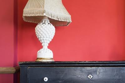 A light to medium red can make a great foil for warm oak shades