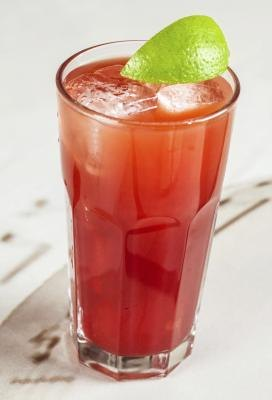 Cranberry juice with lime