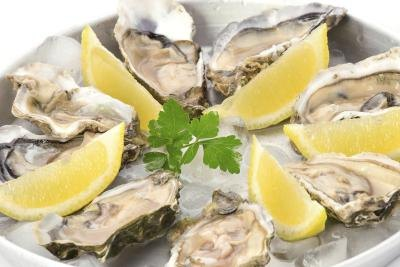Avoid eating raw oysters that have been left to sit at room temperature.