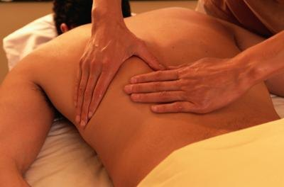 Pain in the shoulder and neck can be prevented or reduced with massage.