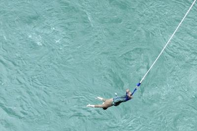 Thrill tourism is bungee jumping.